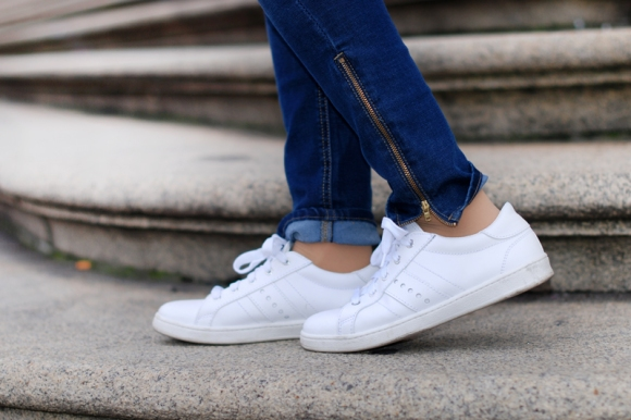 sneakers-shoes-sneaker-white-weiss-zara-adidas-trend-blogger-muenchen.jpg